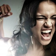 MICHELLE RODRIGUEZ Comes Back To Life In FAST & FURIOUS 6 !! [Featurette]